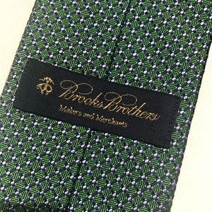 Brooks Brothers 100% silk tie. Excellent condition